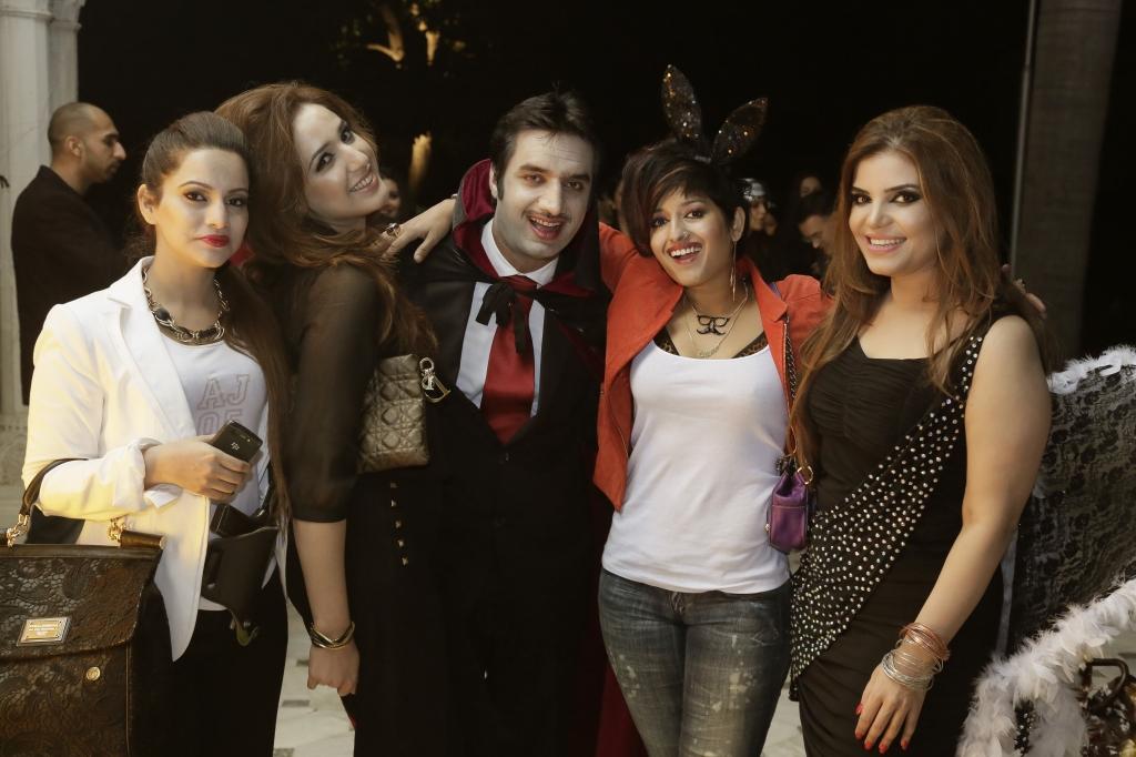 Sheher Bano, Tina, Shahbaz Habiba and Aminah